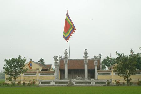 Đền thờ Linh từ Quốc mẫu Trần Thị Dung ở xã Liên Hiệp, Hưng Hà, Thái Bình. Nguồn: Internet
