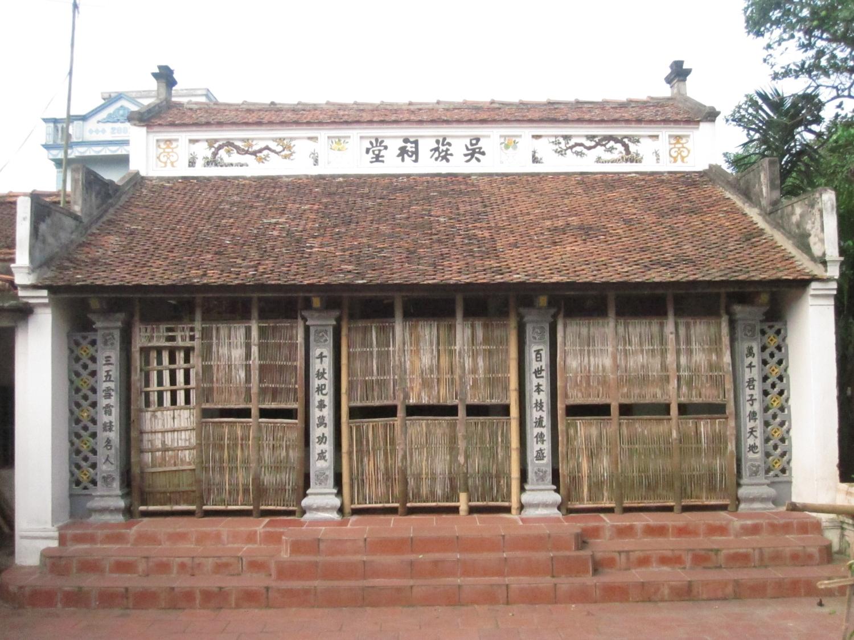 Nhà thờ họ Ngô thôn Tri Chỉ, xã Tri Trung, huyện Phú Xuyên, Hà Nội