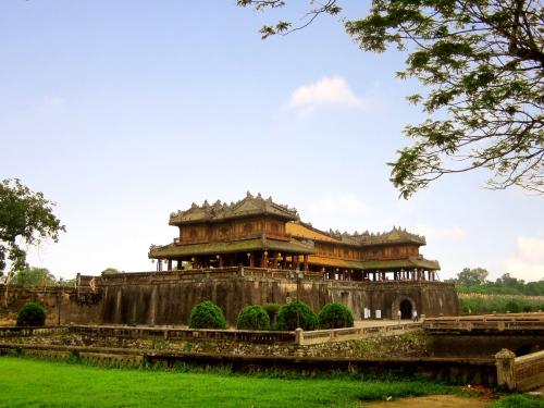 Hoàng thành Huế, một trong những công trình được xây dựng vào thế kỷ 19 (Ảnh Internet)